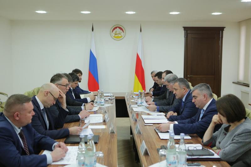 Совещание по вопросам социально-экономического сотрудничества между Республикой Южная Осетия и Российской Федерацией