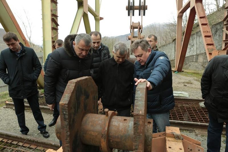 Анатолий Бибилов и Рашид Нургалиев осмотрели Зонкарское водохранилище