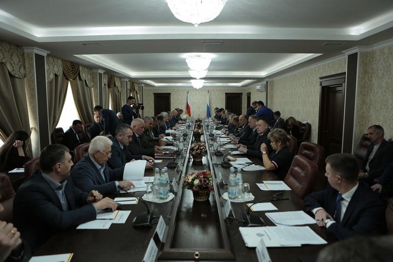 Совещание по вопросам социально-экономического развития Республики Южная Осетия