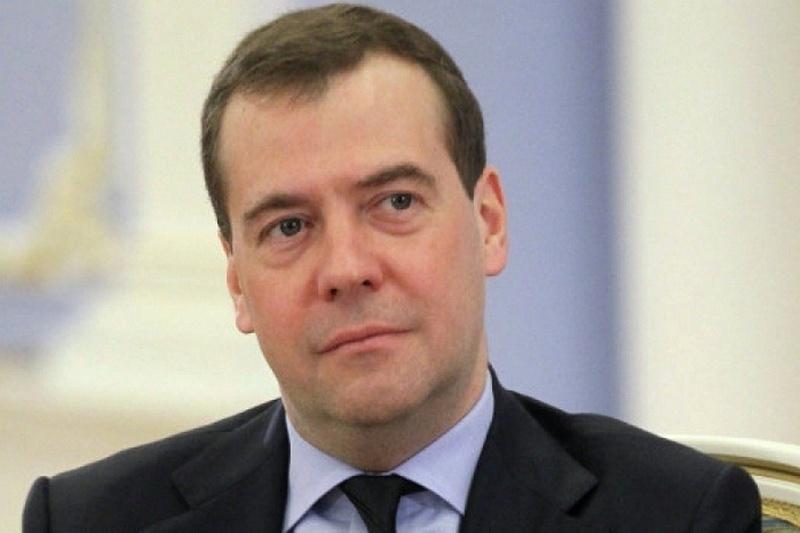 Анатолий Бибилов поздравил Дмитрия Медведева с Днем рождения
