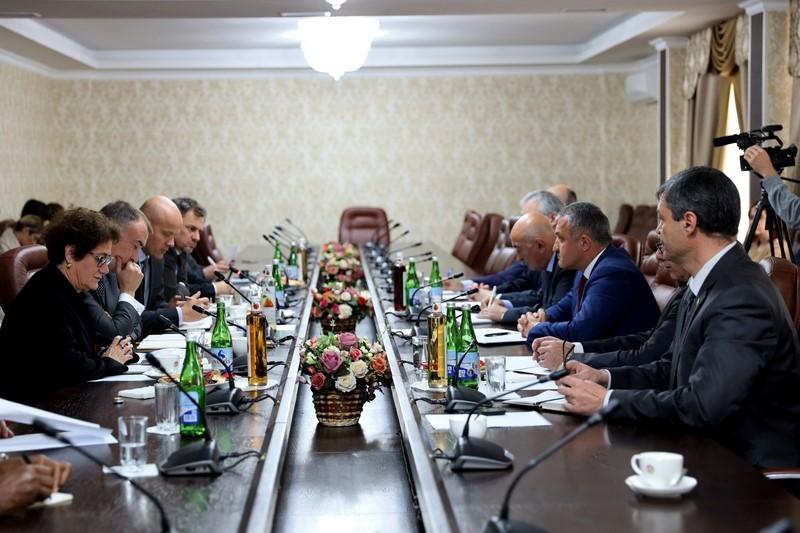 Встреча с сопредседателями Женевских международных дискуссий по безопасности и стабильности в Закавказье