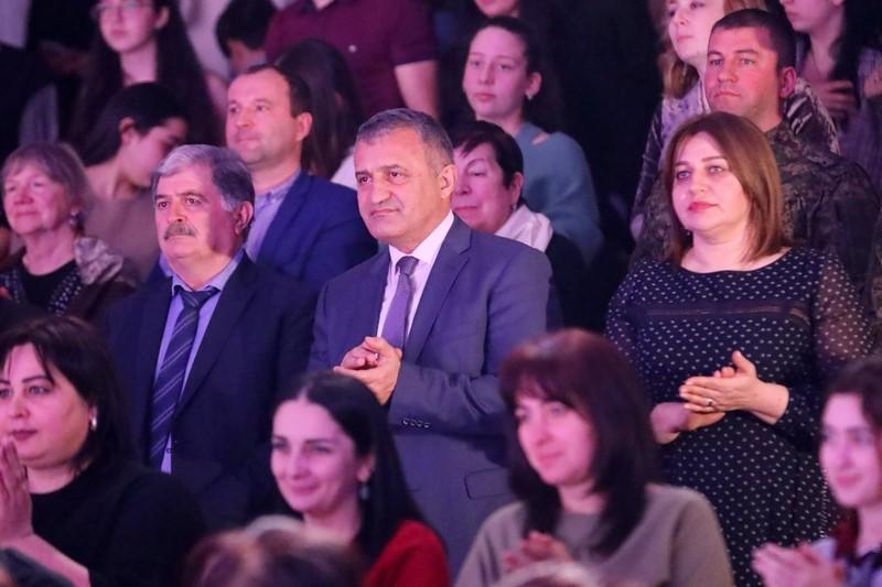 Анатолий Бибилов посетил литературно-музыкальное представление «Листая творчество Коста»