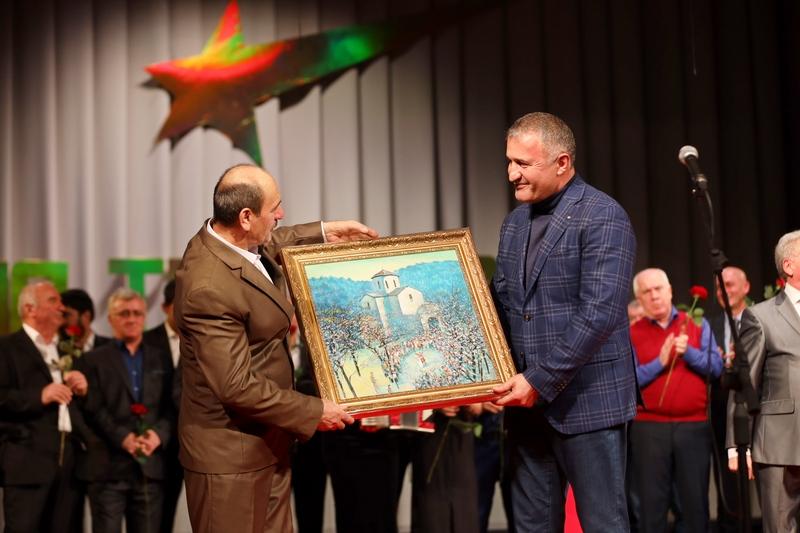 Анатолий Бибилов посетил творческий вечер Народного артиста Республики Южная Осетия Василия Техова