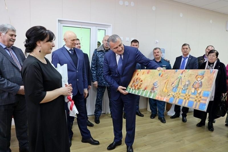 Анатолий Бибилов посетил Цхинвальский детский сад «Колосок»