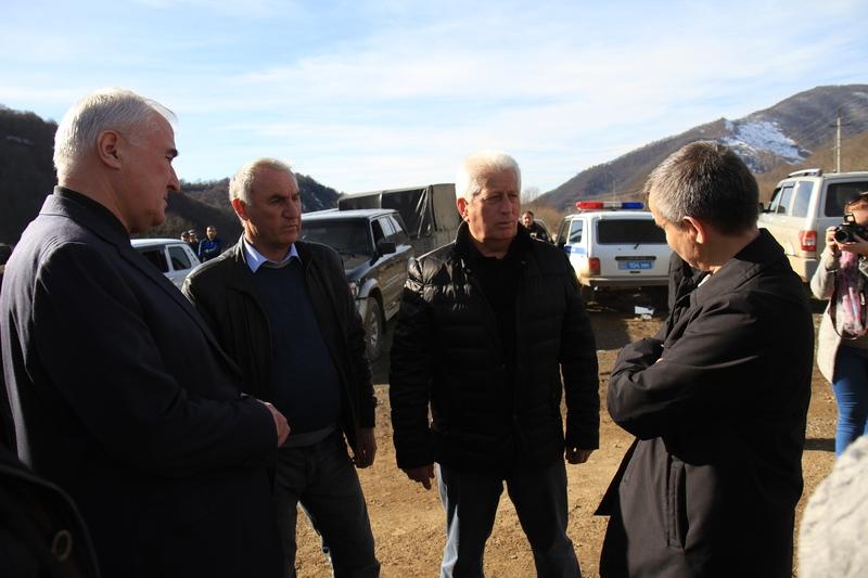 Инспекция строящейся дороги Синагур – Карзман