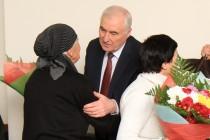 9. Встреча с многодетными матерями и матерями защитников Отечества