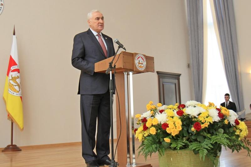Церемония оглашения Послания народу и Парламенту Республики Южная Осетия