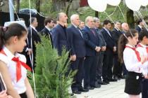 8. Траурное мероприятие, посвященное 25-ой годовщине разрушительного землетрясения в Дзауском районе (часть I)