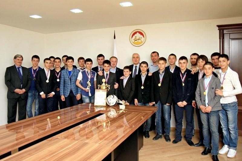 Встреча с членами футбольной командой «Барсаланы»