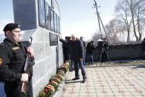 4. Церемония возложения венков и цветов к памятникам сотрудникам ОМОН МВД, погибшим в ходе отражения грузинской агрессии с 1992 по 2008 годы