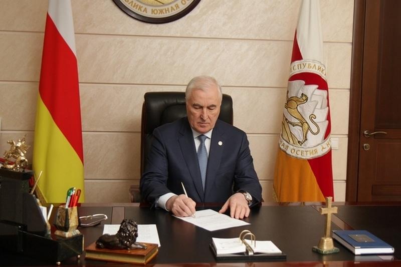 Леонид Тибилов: «Сохраняя нынешнее название – Республика Южная Осетия, надо принять второе – Государство Алания»