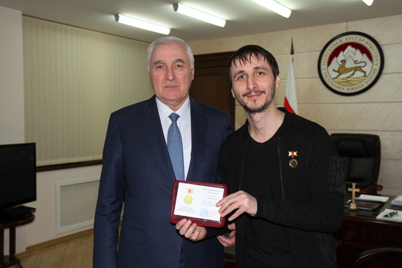 Встреча с популярным осетинским музыкантом Сосланом Кулумбеговым