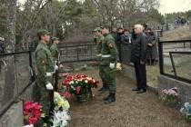 1. Церемония возложения цветов к памятнику жертвам Ередской трагедии