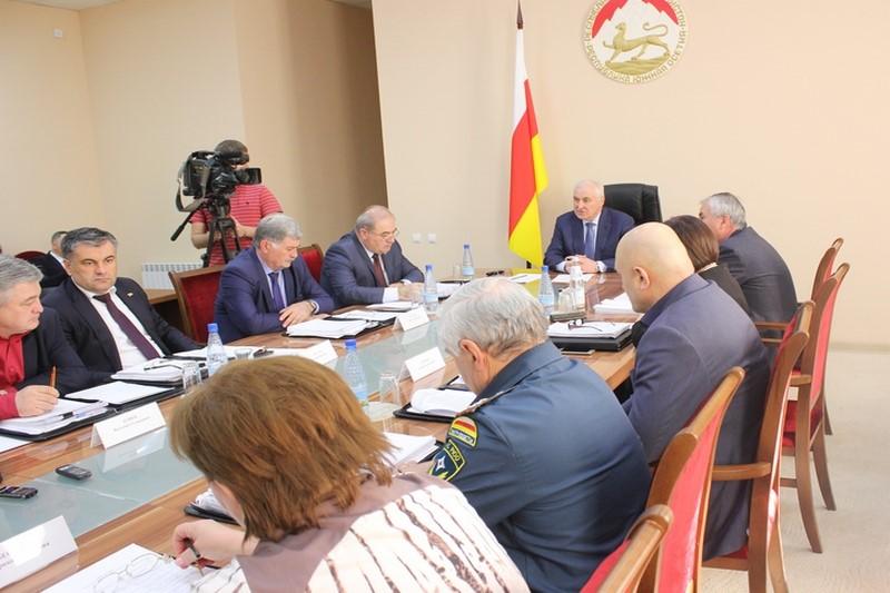Леонид Тибилов: «Свой гражданский долг должен исполнить каждый»