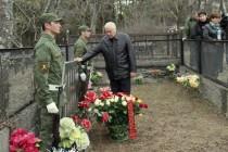 2. Церемония возложения цветов к памятнику жертвам Ередской трагедии