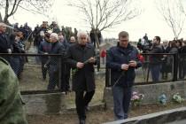 4. Церемония возложения цветов к памятнику жертвам Ередской трагедии