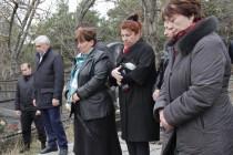 7. Церемония возложения цветов к памятнику жертвам Ередской трагедии