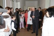 7. Поздравление с Международным женским днем рожениц и персонал Цхинвальского родильного дома