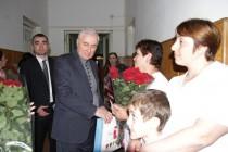 8. Поздравление с Международным женским днем рожениц и персонал Цхинвальского родильного дома