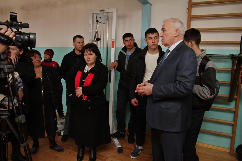 Леонид Тибилов: «Возможность заниматься спортом должна быть у каждого»
