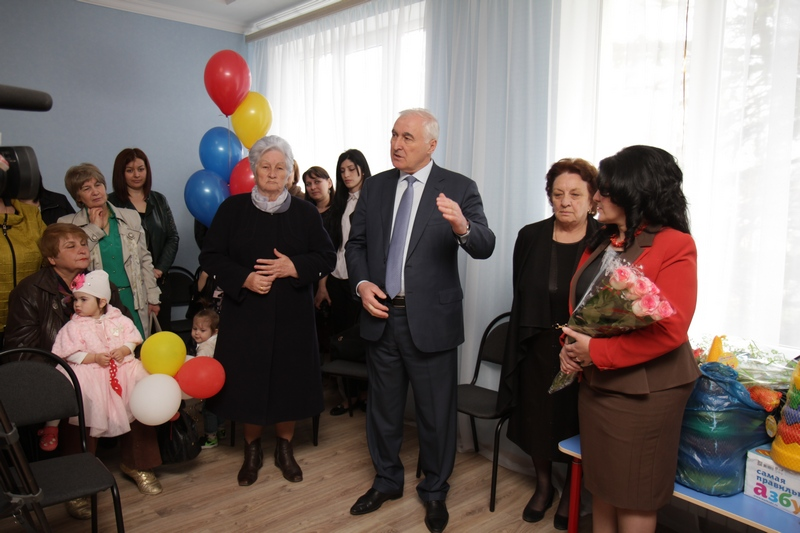 Леонид Тибилов принял участие в церемонии открытия ДОУ №20