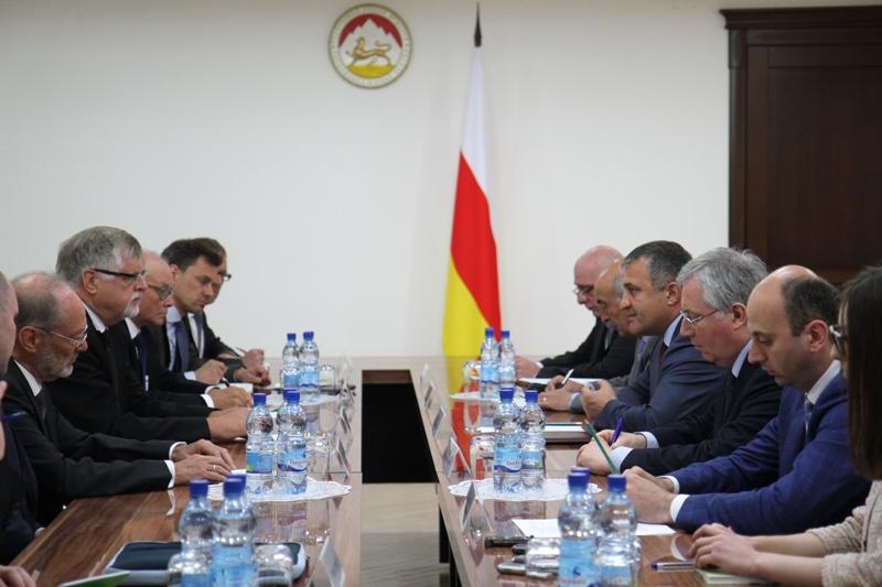Встреча с cопредседателями Женевских международных дискуссий по безопасности и стабильности в Закавказье