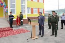 4. Анатолий Бибилов поздравил российских военнослужащих с открытием детского сада