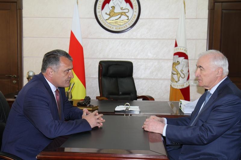 Анатолий Бибилов: «Основа, заложенная Леонидом Тибиловым, будет использована для дальнейшего развития нашей республики»