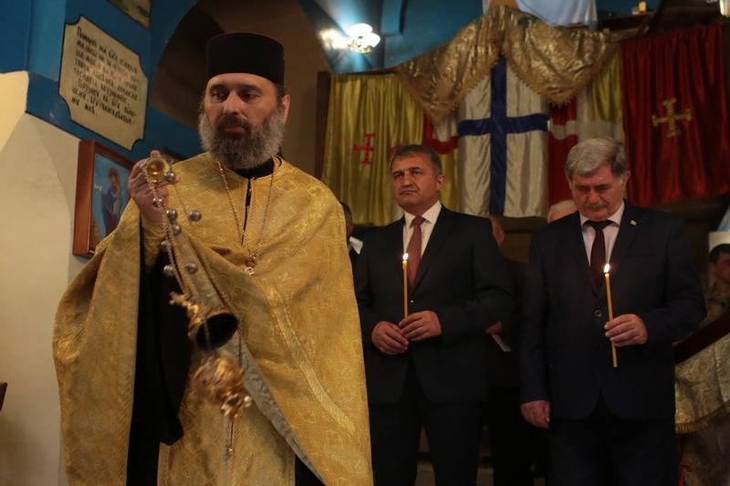 Анатолий Бибилов принял участие в праздничном Богослужении в честь Дня миротворца