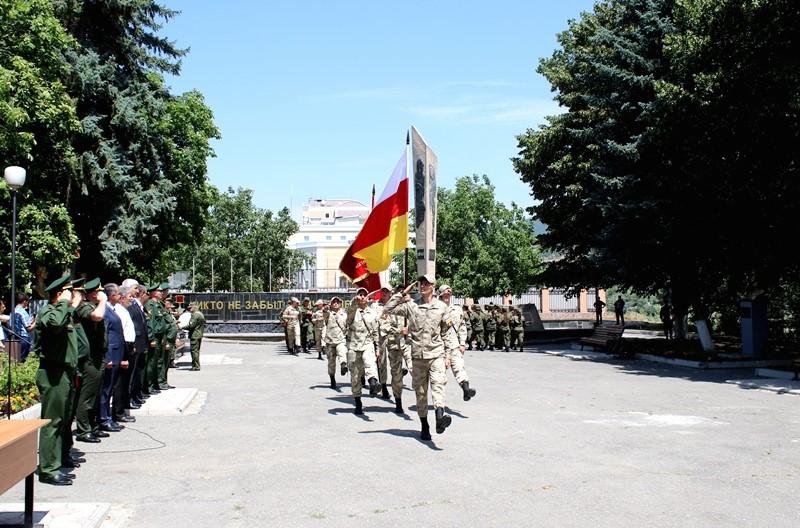Анатолий Бибилов: «У курсантов есть все возможности проявить себя с наилучшей стороны»