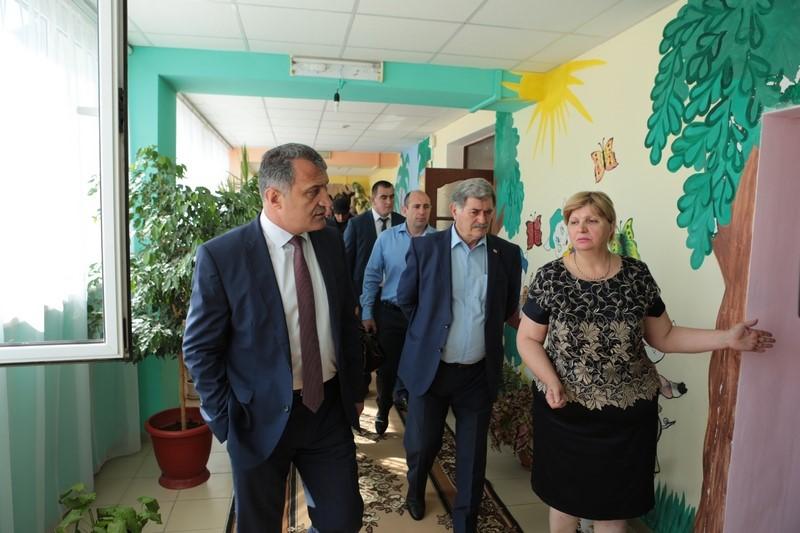 Анатолий Бибилов посетил Цхинвальский детский сад №2 «Золотой ключик»