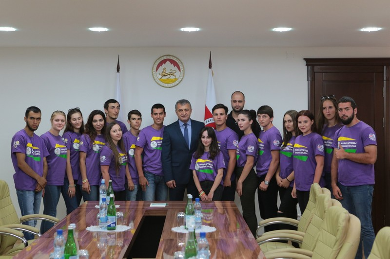 Анатолий Бибилов: «Ваша работа будет способствовать объединению молодежи»