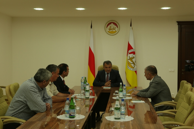 Встреча со специалистом по Кавказу и Ближнему Востоку Общества «Двуглавый орел» Артуром Атаевым
