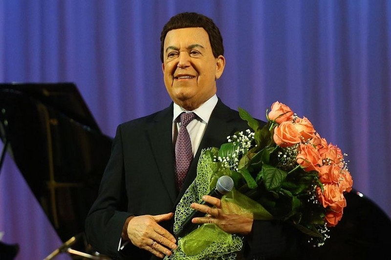 Анатолий Бибилов поздравил Иосифа Кобзона с юбилеем