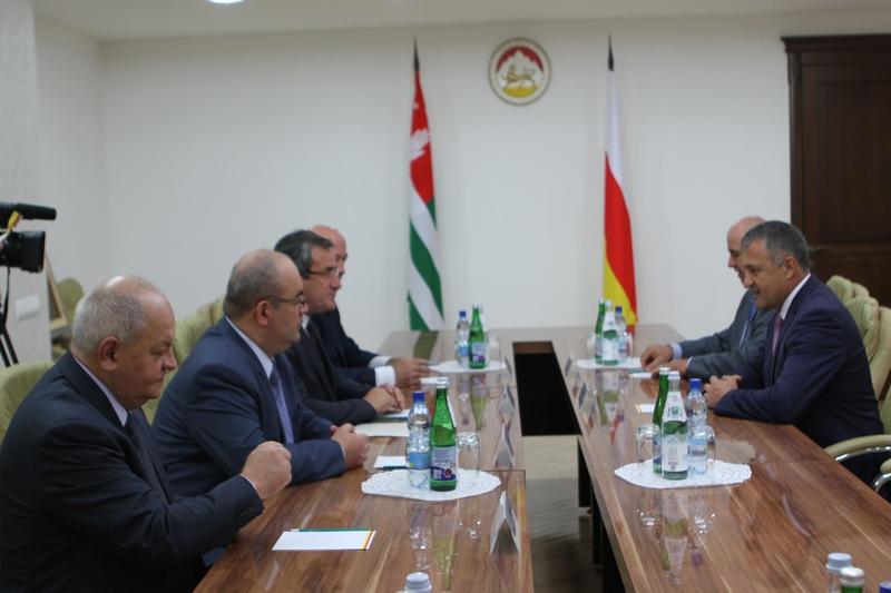Встреча с делегацией Республики Абхазия