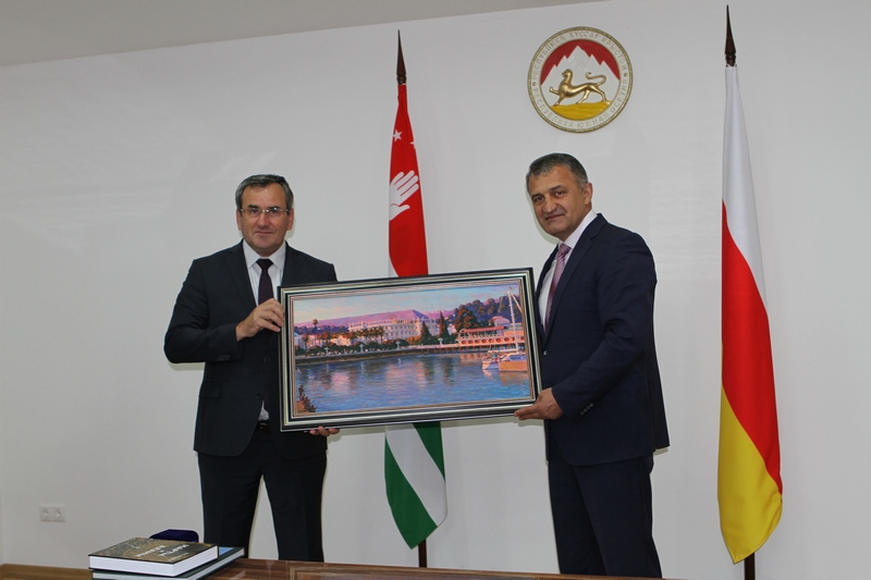 Анатолий Бибилов: «Абхазия и Южная Осетия – близнецы-братья»