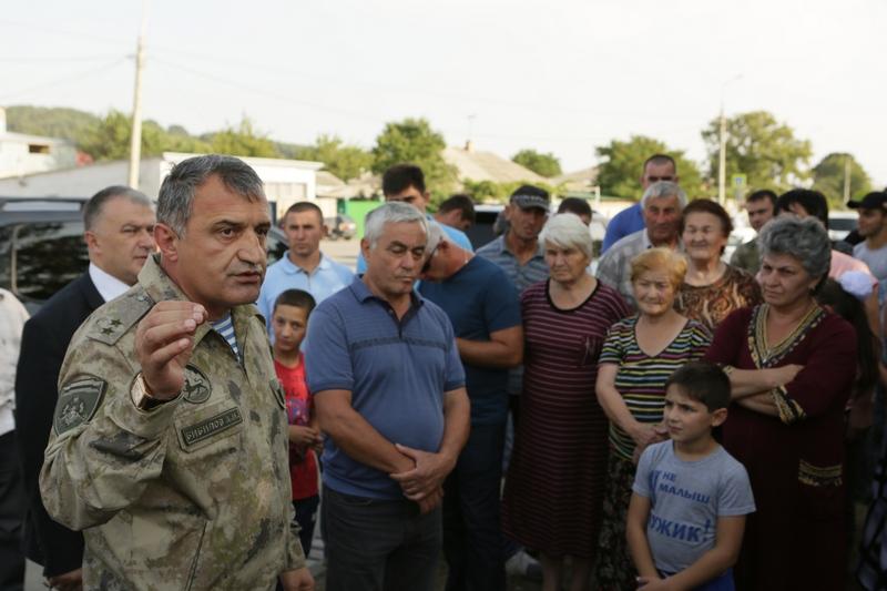 Встреча с жителями столичной улицы Ацамаза Маргиева