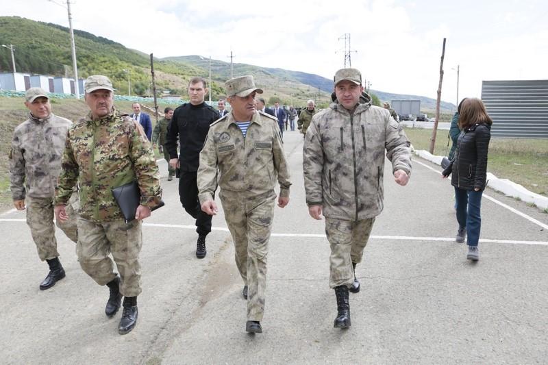 Анатолий Бибилов дал хорошую оценку действиям подразделений Министерства обороны