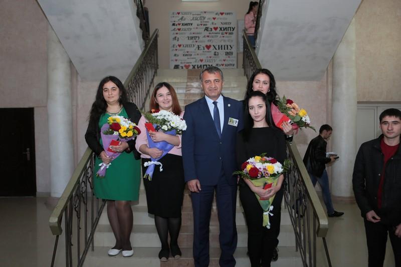 Вручение президентских стипендий студентам ЮОГУ