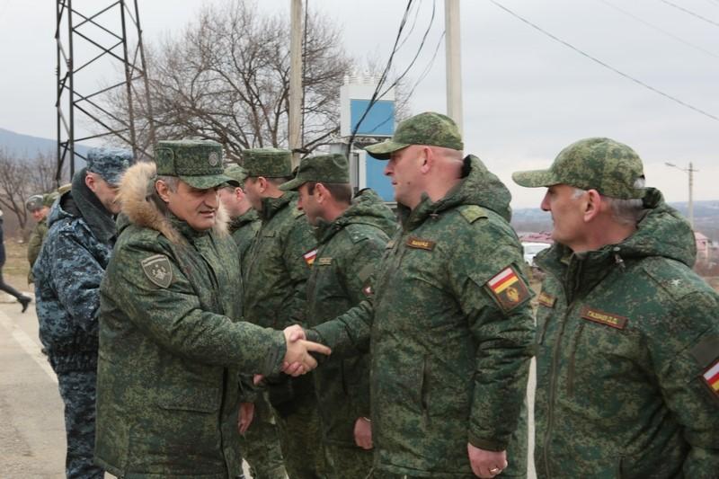 Анатолий Бибилов дал удовлетворительную оценку действиям подразделений Министерства обороны