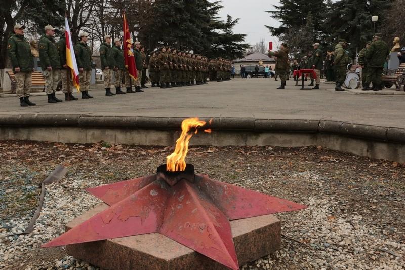 Торжественная церемония приведения к присяге новобранцев Вооруженных сил Республики Южная Осетия