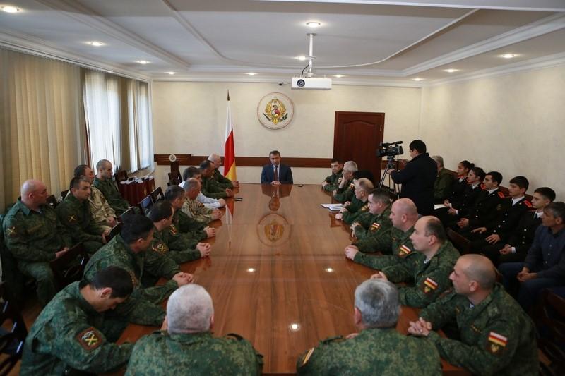 Встреча с ветеранами боевых действий и кадетами
