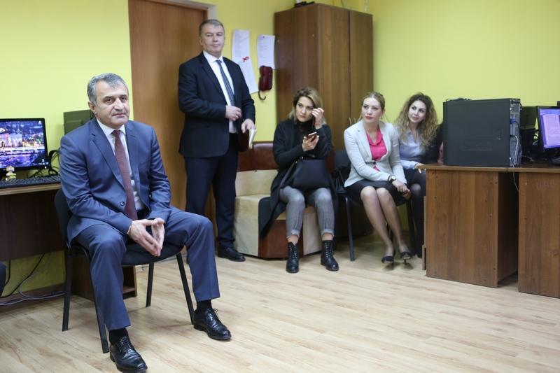 Анатолий Бибилов: «Я не сторонник того, чтобы личность Президента переполняла новостной эфир»