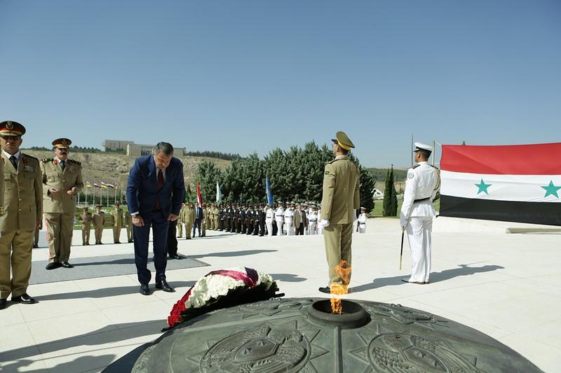 Церемония возложения венка к Могиле Неизвестного солдата в Дамаске