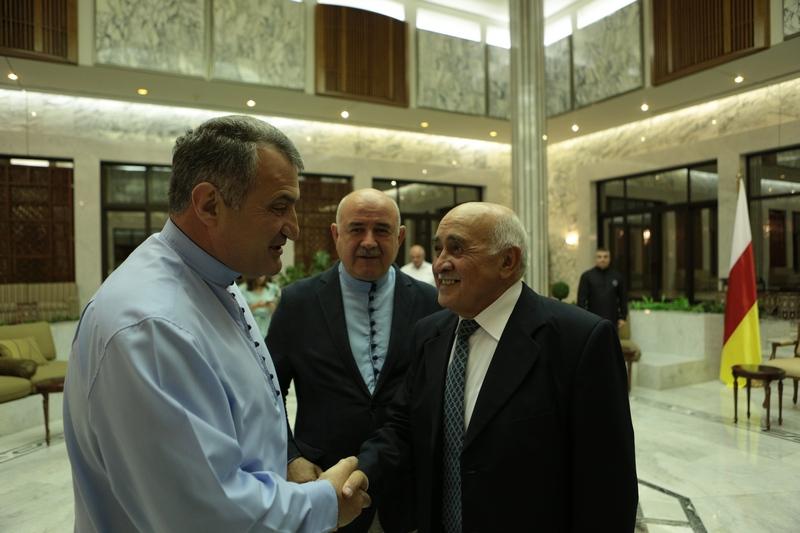 Встреча с представителями осетинской диаспоры в Сирии