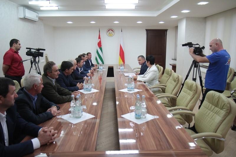 Встреча с делегацией ветеранов Отечественной войны народа Абхазии
