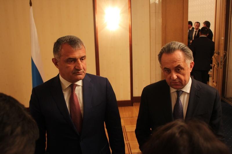 Пресс-подход по итогам заседания МПК по социально-экономическому сотрудничеству между Республикой Южная Осетия и Российской Федерацией